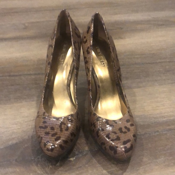 Nine West animal print platform shoes